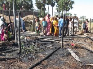 रौतहटमा आगलागी, ८ घर नष्ट