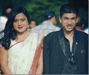 Rekha-Thapa-and-Sudarshan-Gautam-film-award