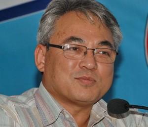 'एमाओवादीले संविधान सभा छाड्छ'
