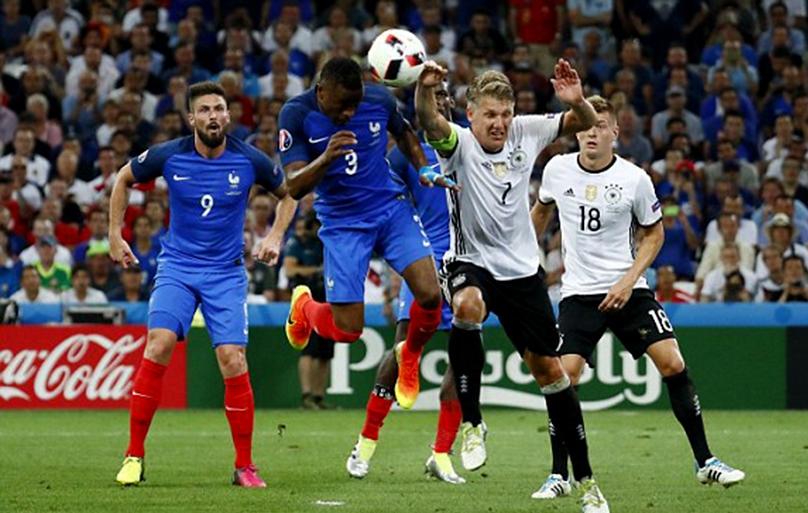 वर्ल्ड च्याम्पियन जर्मनी फ्रान्ससँग २-० ले पराजित
