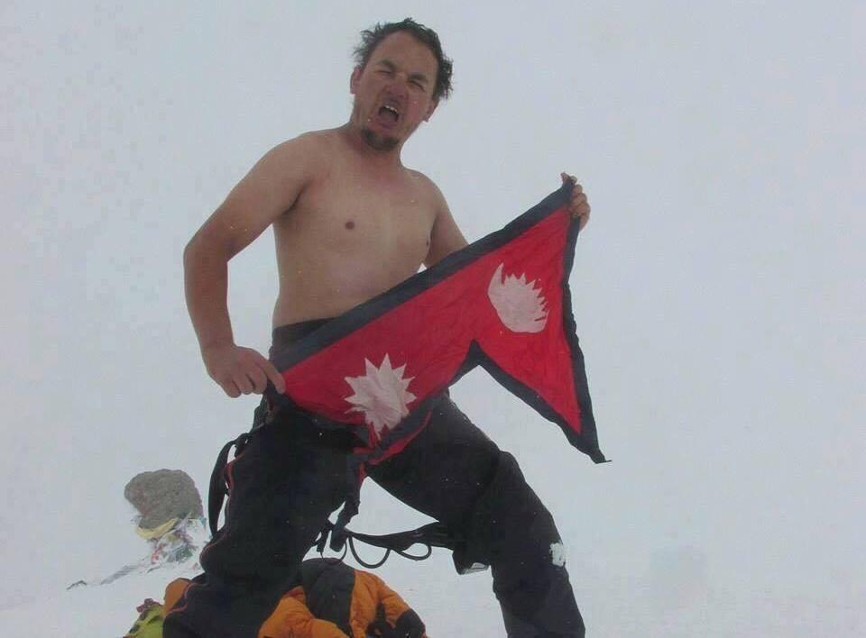 सातै महादेशका सर्वोच्च शिखर चढेका पण्डितको ६ हजार मिटरको डेनाली चढ्दा मृत्यु