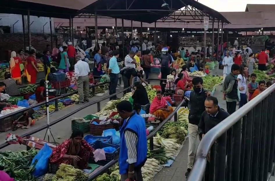 तरकारी महङ्गो हुनुमा व्यापारीको खेल, किसान र उपभोक्ता दुवै मारमा