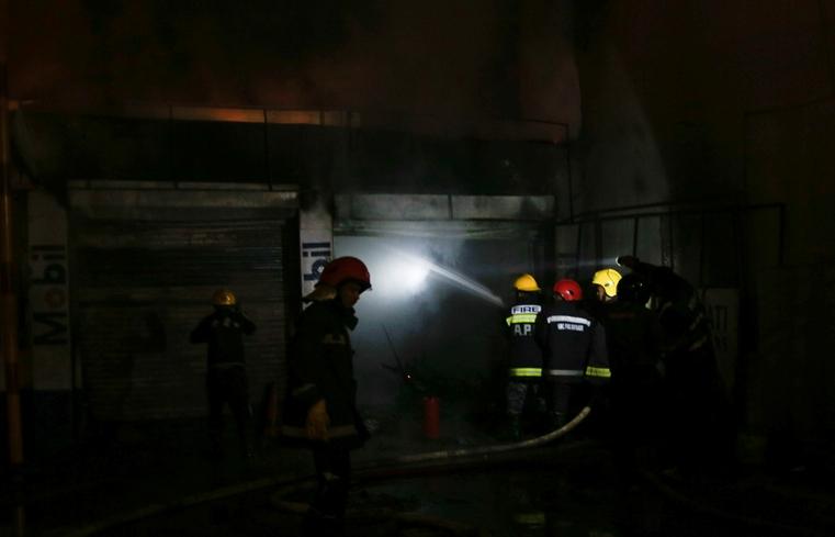 आगलागीमा १ जनाको मृत्यु, झण्डै सल्किएन पेट्रोल पम्प