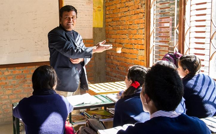 शिक्षक बन्न विषयगत लाइसेन्स चाहिने